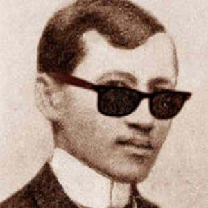 jose rizal is not a hero