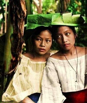Filipino women in the early 1900s