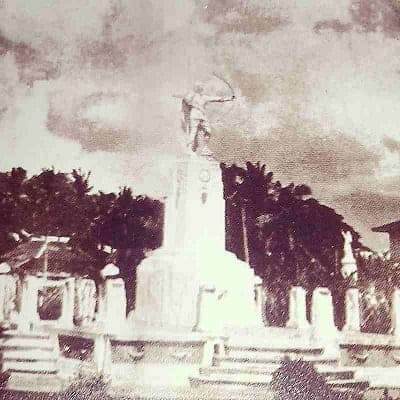 The original Lapu-Lapu statue