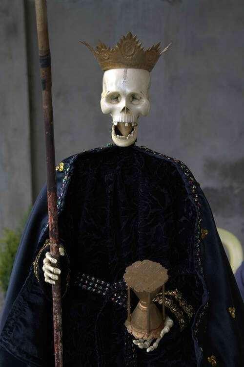 La Muerte statue in Argao, Cebu