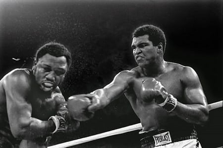 Muhammad Ali vs. Joe Frazier in Thrilla in Manila