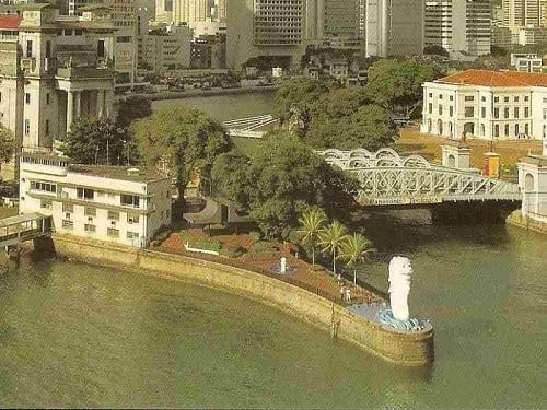 History of Singapore Merlion