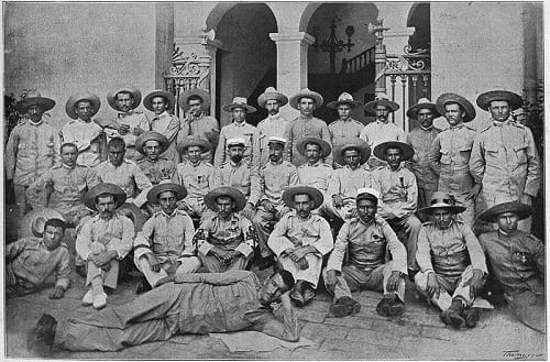 The survivors of Baler on their arrival in Barcelona
